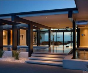 Vera Wang's modern glass and steel home in Beverly Hills