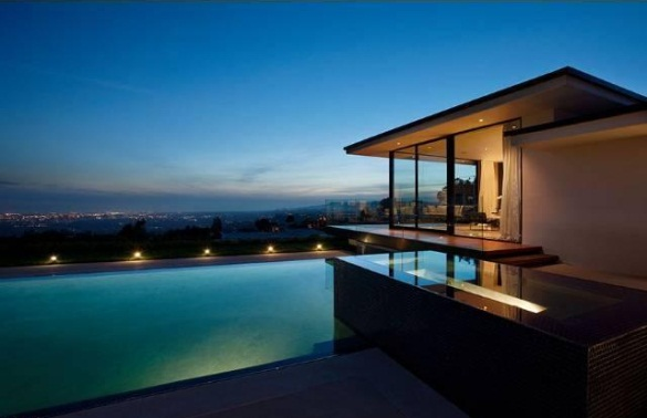 Vera Wang S Modern Glass And Steel Home In Beverly Hills