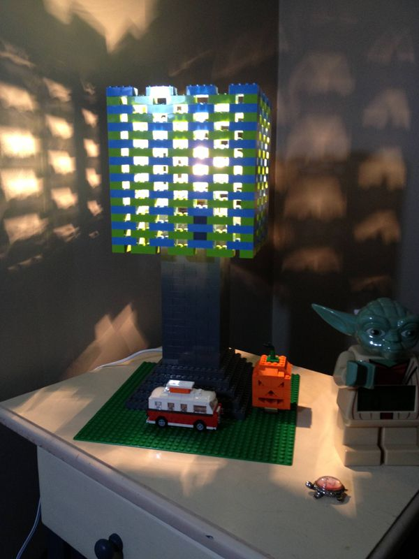 Night stand lego lamp