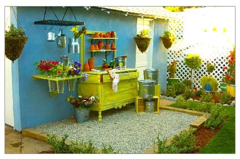 Potting dresser for outdoor
