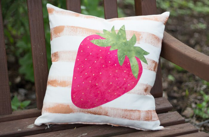 Strawbberry pillow design