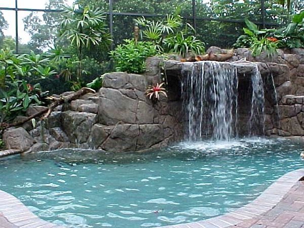 4 home waterfalls ideas for House built on waterfall