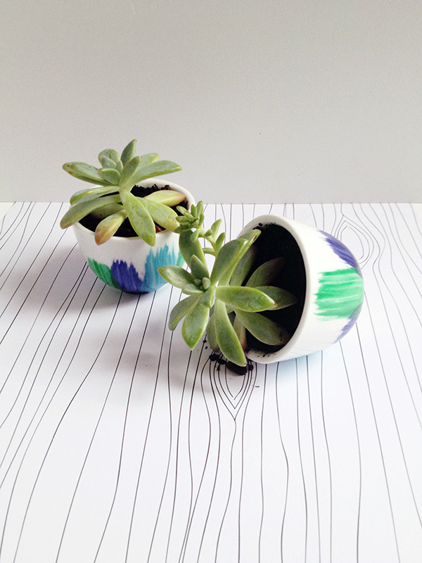 Tea cup planter painted