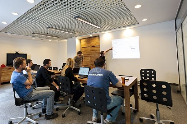 amazon office space. View In Gallery Amazon Office Space F