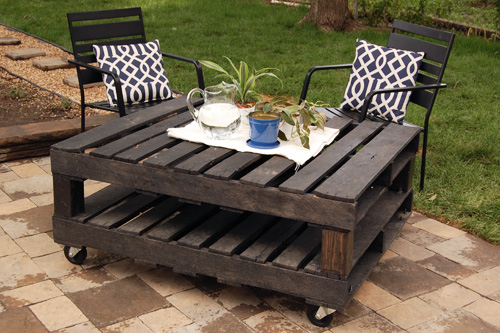 Rolling outdoor table.