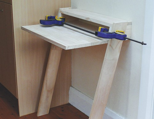 Cute Diy Mini Laptop Desk 3 500x385