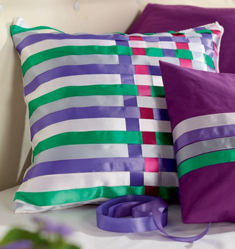 How To Make Cute Decorative Pillows : Cute And Colorful Projects Featuring Decorative Pillows