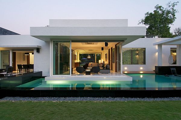 Superior Minimalist Dinesh Mills Bungalow With Clean Lines By Atelier DnD Amazing Pictures