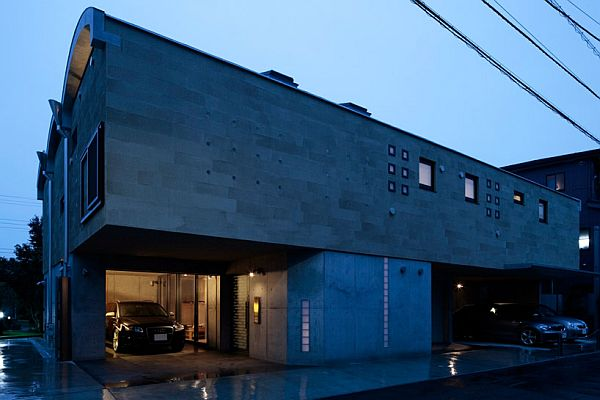 """The """"Tre Volte\' A Two-Storey Private Dwelling in Kanagawa, Japan"""