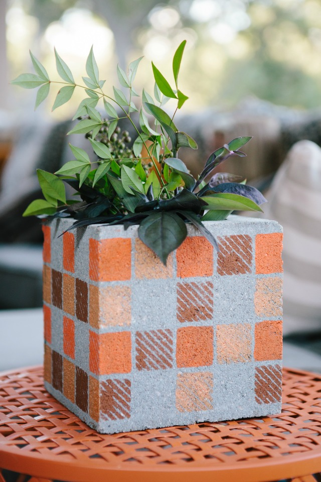 Concrete cinder block for fall