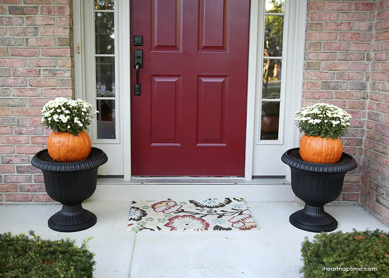 Front door pumpkins for fall