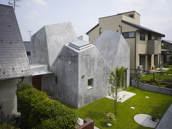 House-in-Kohoku.jpg
