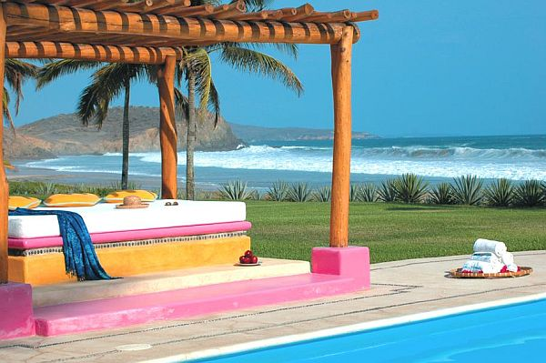 Las Alamandas, the Perfect Image of a Luxurious World