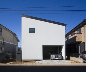 Functionally divided house in Tokyo by Upsetters Architects