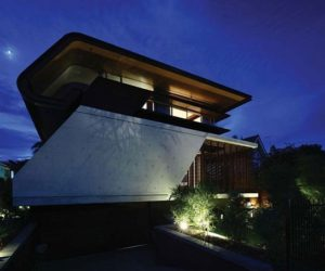 The Single-Family Oxlade Residence by Arkhefield