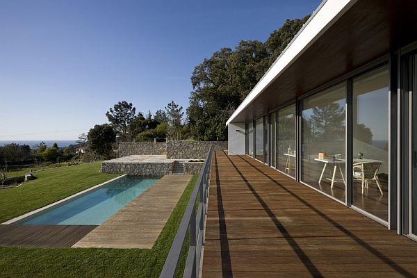 Afife House by Alfredo Resende Arquitectos