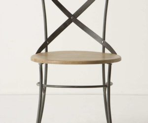 Vintage-chic campaign dining chair