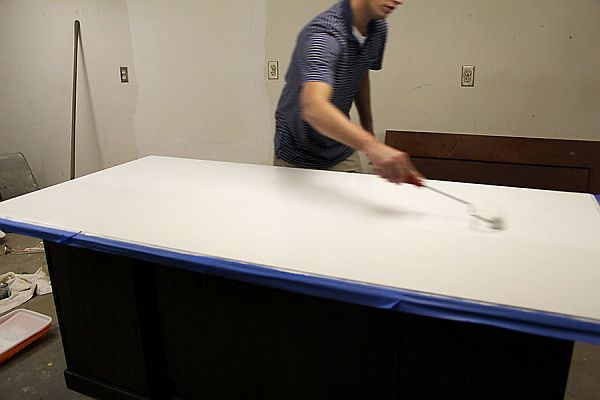 Stylish DIY Dry Erase Paint Desk