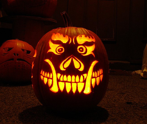 Decorate Your Home For Halloween Using Pumpkins Pictures Gallery