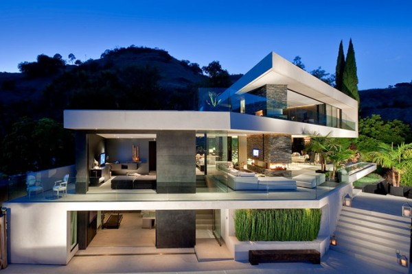 modern residence in Hollywood Hills