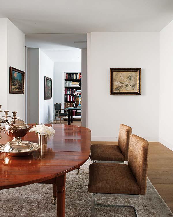 Artistic interior design apartment in Madrid