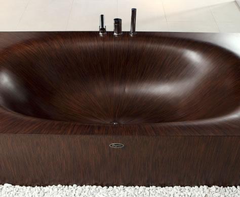 Versatile wooden bathtub
