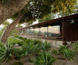 Spectacular Walker Residence by Rodney Walker