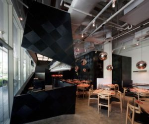 Wine Bottle Inspired Restaurant in Singapore – The Tasting Room