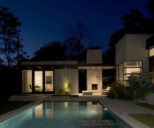 Simple contemporary residence by Brian Dillard Architecture