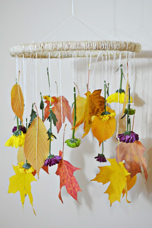 Fall inspired mobile for nursery