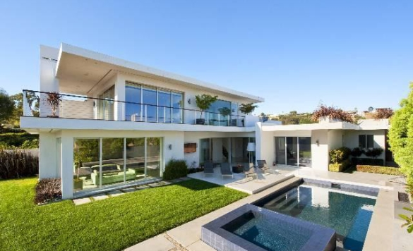 Captivating Matthew Perryu0027s Los Angeles Residence Is Now On The Market Gallery