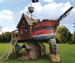 Remarkable Pirate Ship Playhouse