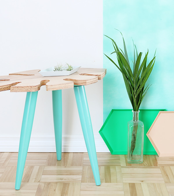 Tropical leaf side table