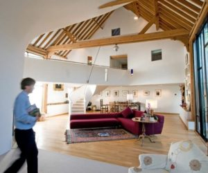 Barn turned into a contemporary home in Surrey, England