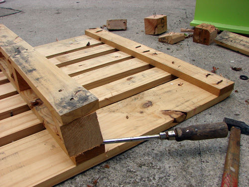 25 More Ways Of Turning Pallets Into Unique Pieces