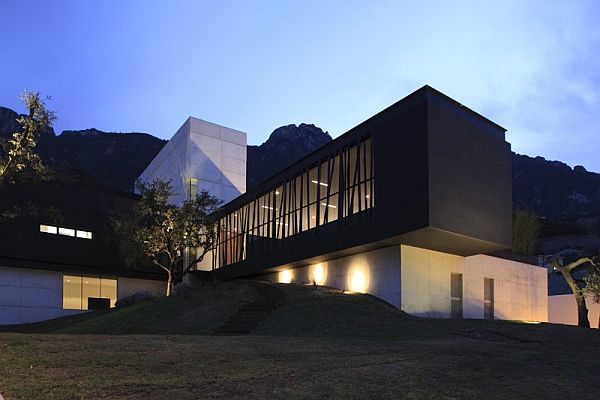 Elegant Contemporary House In Monterrey