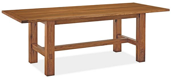 Simple and chic Howe dining table