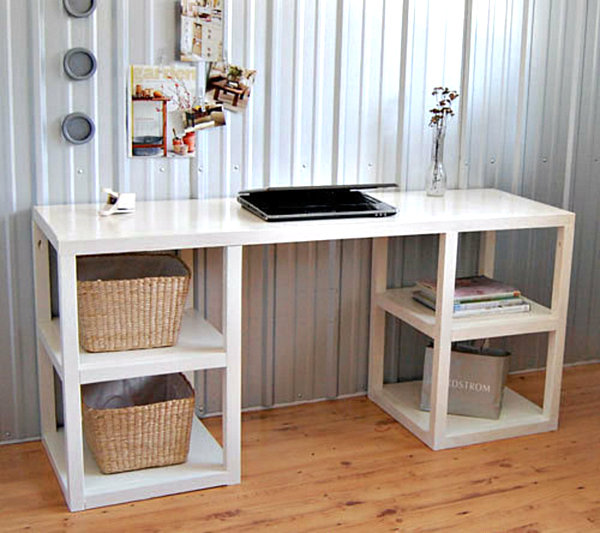 Wonderful Homemade Desk Ideas Part - 10: Shelf-Supported DIY Desk.