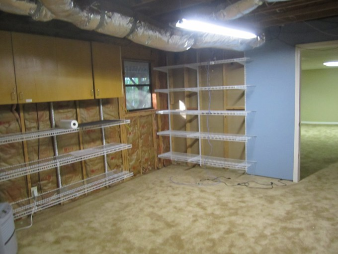 office and craft room before renovation