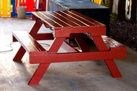 Picnic table from pallets