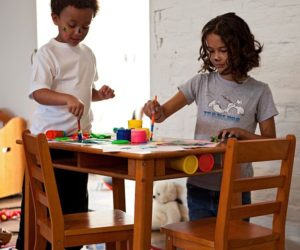 Simple Lipper rectangular table and chair set for children