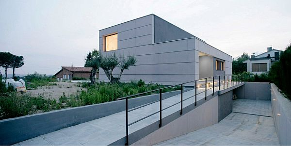 The Santa Julia House by Josep Ferrando