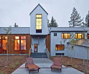 The Tahoe Ridge House Designed For Winter Season