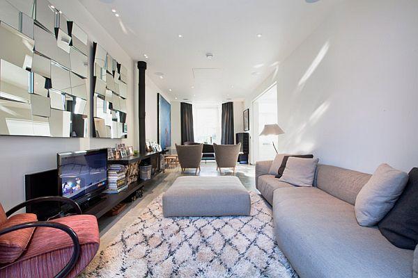 Contemporary London residence-media center