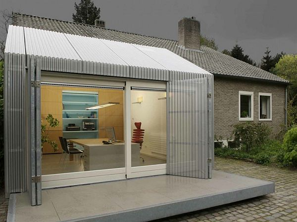 Home Office Space in a garage by architecten en en