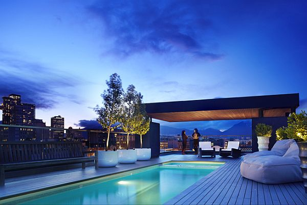 Penthouse in Vancouver With Roof Pool View in gallery  View in gallery