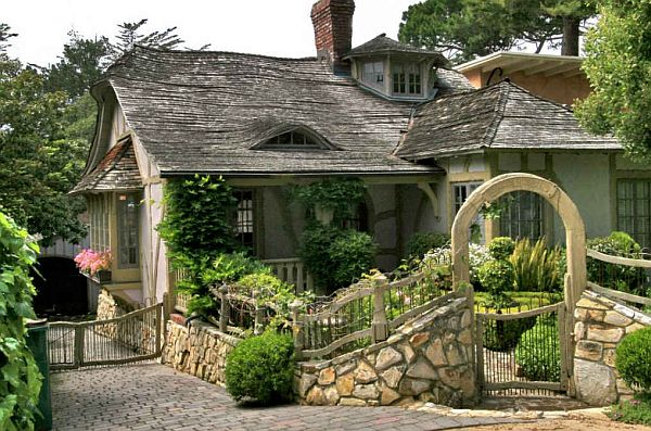 Fairy carmel cottage house in california Cottage houses