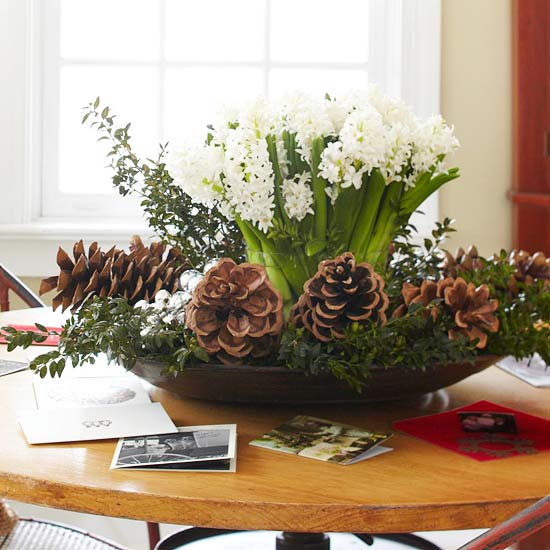 bring two seasons together with an eclectic centerpiece match your flower arrangements
