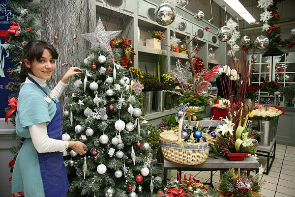 view in gallery - Cheap Christmas Trees For Sale