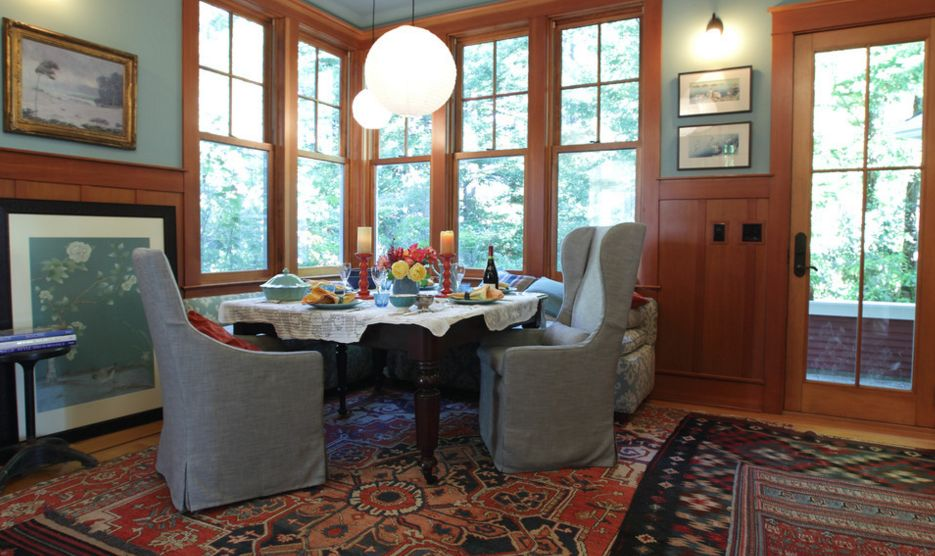 Cozy place for dining room